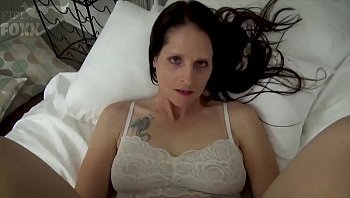 mom son bed scene porn