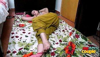 indian aunty bhabhi