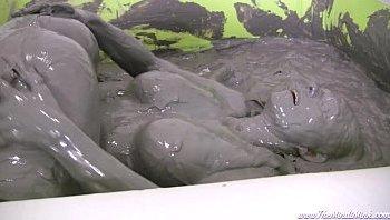 nigeria girls bath