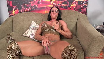 muscle girls big clit