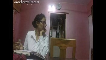 indian office lady